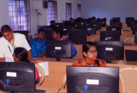 KIT Computer Lab - Engineering colleges in Coimbatore